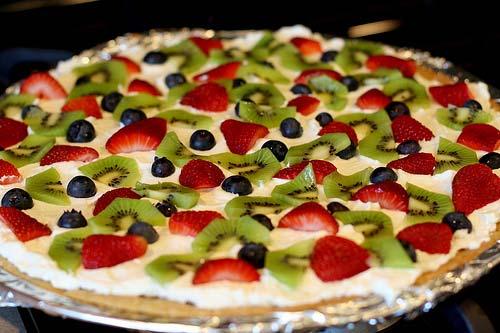 weird-pizza-fruit_2.jpg