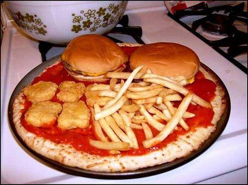 weird-pizza-happy-meal_2.jpg