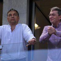 Fideszes oligarchát gazdagít Szél Bernadett kampánya - FOTÓ!