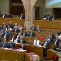 A Fideszt megtapsolta az MSZP, Gyurcsányt nem - VIDEÓ