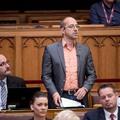 A saját szavazói követelik Szabó Szabolcstól, hogy hagyja ott az LMP-t