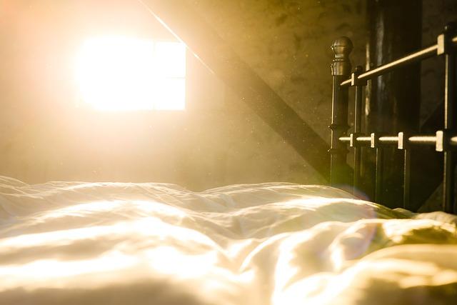 bed-3013209_640.jpg