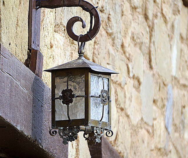 street-lamp-3019668_640.jpg