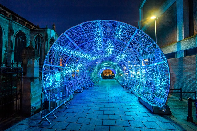 tunnel-2020790_640.jpg
