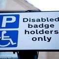 Hamarosan ingyen parkolhatnak az angol autisták is
