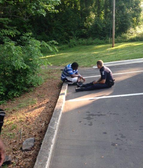 Hogyan tanácsos eljárnia a rendőrnek egy autista személlyel?