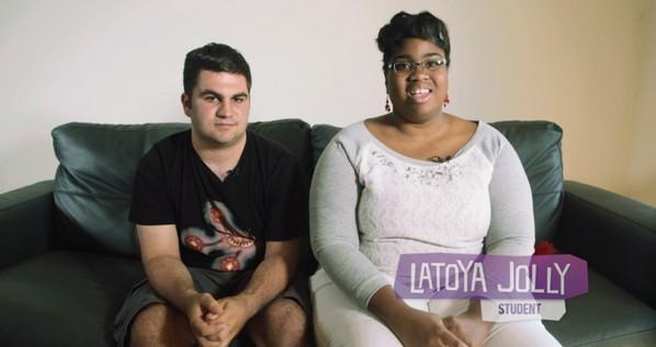Az autista pár randi oldalon találta meg a szerelmet