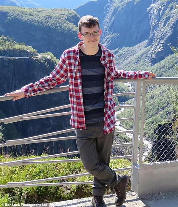 Mi vezethetett az autista fiatalember végzetes döntéséhez?