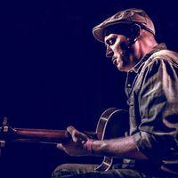 Blues, hazatérés, tornácos hozzáállás – Interjú Little G Weevillel