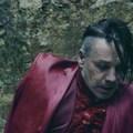 Habkönnyű polgárpuki - Itt a Lindemann Ach so gern című dalához készült klip vágás nélküli változata (18+)