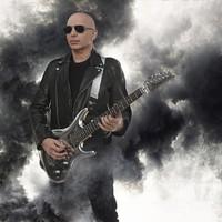 Új lemezt ígér jövő májusi koncertjére Joe Satriani