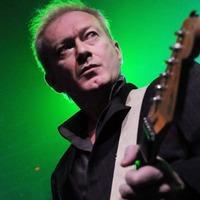 Meghalt Andy Gill, a Gang Of Four gitárosa