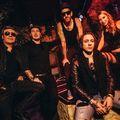 Shake! – Fenékrázós sláger és koncertklip a Supergootól