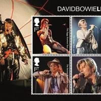 Bélyegeken utazik az űr felé David Bowie