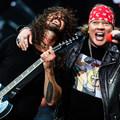 A Guns N' Roses beszállt a Foo Fightersbe