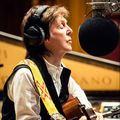 Egyből két új dallal tért vissza Paul McCartney, jön az új lemez is