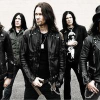 Slash-koncert lesz Budapesten