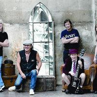 Lesz új AC/DC-lemez és -turné is