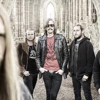 Itt egy új Opeth-dal, svédül és angolul