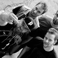 Mangani 808 - Hallgasd meg a zenekar első EP-jét dalról dalra!