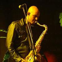 Öngyilkos lett Tommy Marth, a The Killers szaxofonosa
