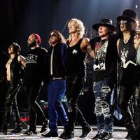 Ismét Terminátor-betétdalon dolgozik a Guns N' Roses?