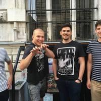 Madárijesztővel támad a Lépjünk a Holdra zenekar