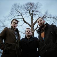 Séta a Vénkertben - Itt a Hársh teljes bemutatkozó albuma