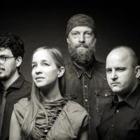 Serge with Holy Scar - Itt van a Harcsa Veronika-Gyémánt Bálint Quartet pszichedelikus rockdala és klipje