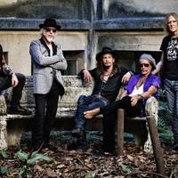 Újra Joey Kramer dobol az Aerosmith-ben