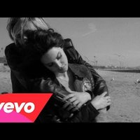 Vezessük le a napot Lana Del Rey új dalával!