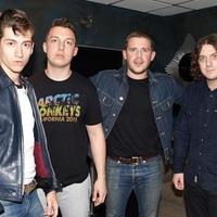 Ismét a sivatagba költözött az Arctic Monkeys?