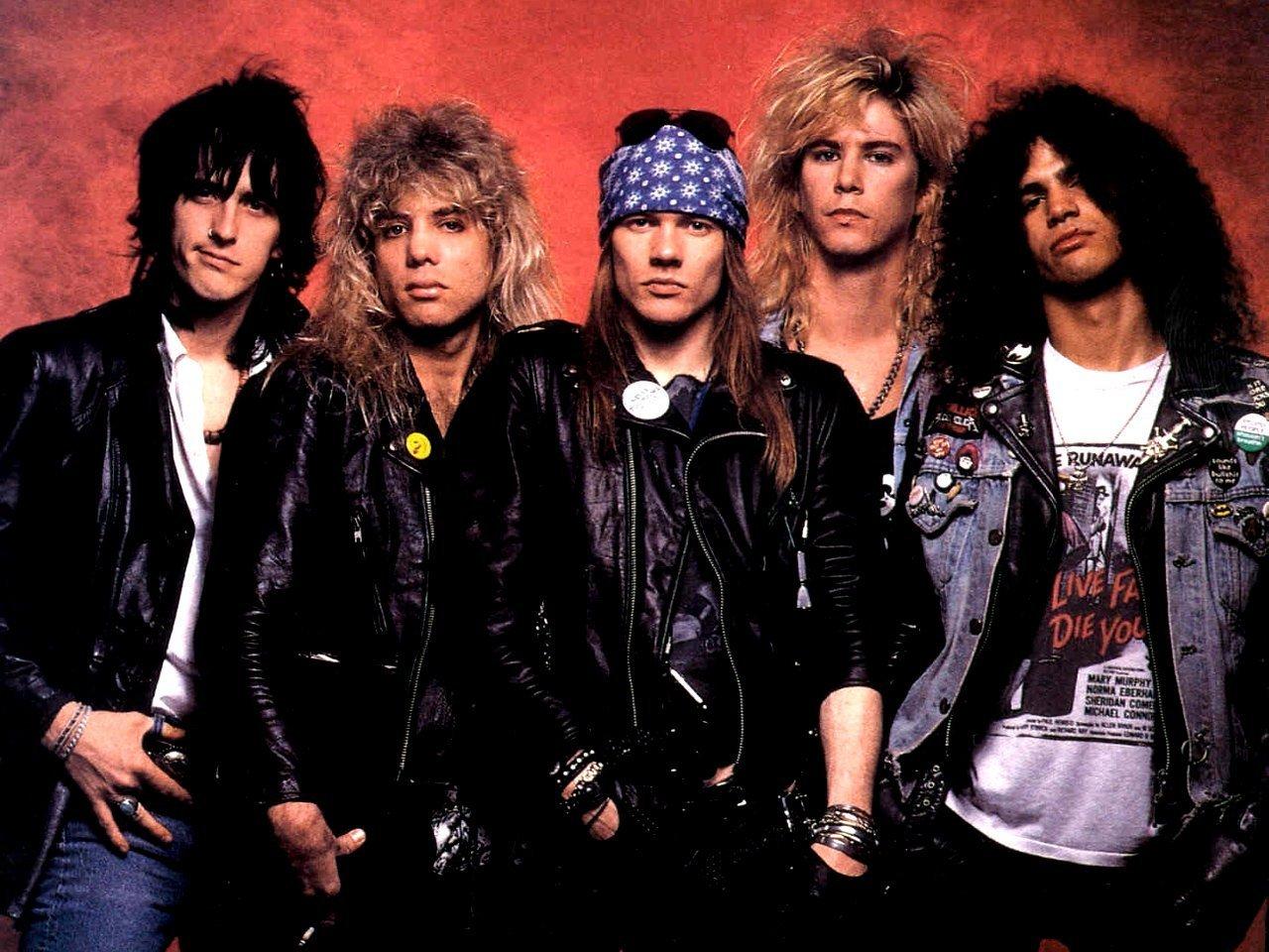 Guns_N_Roses_old photo.jpg