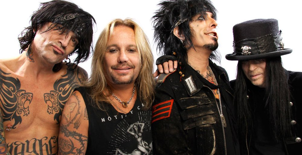 motley-crue-fairly-recent-photo-1000x515.jpg