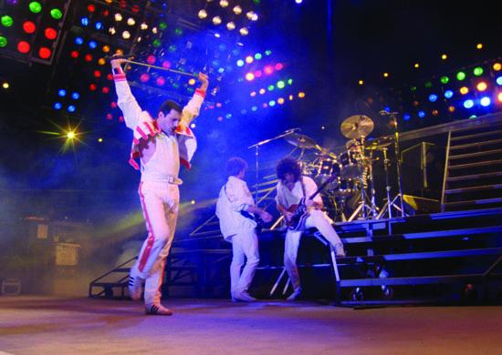 QUEEN_koncertfilm_jelenetfotok_7.jpg