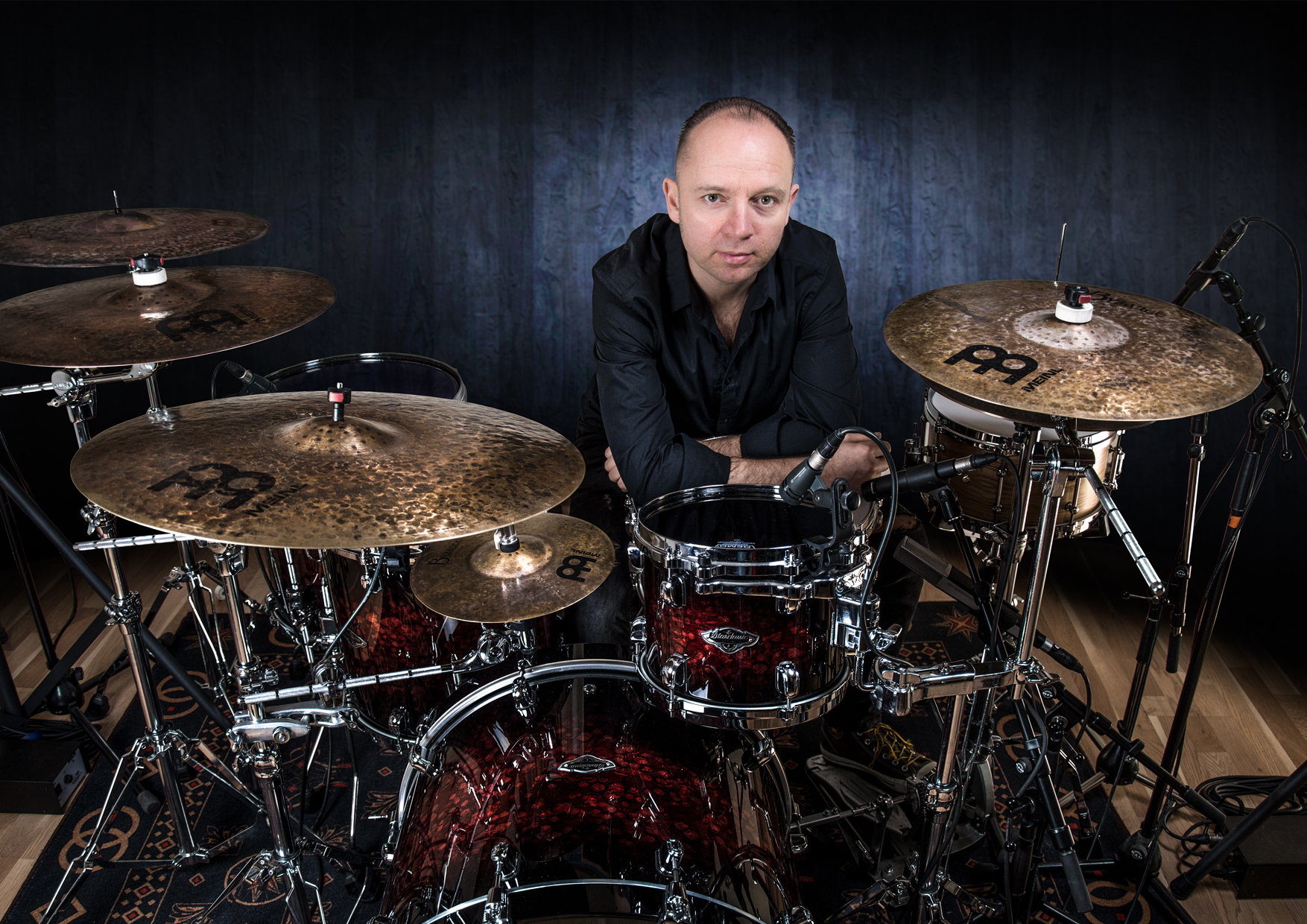 meinl-cymbals_artist_announcement_peter_szendofi_hu.jpg