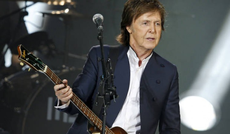 my-dad_s-first-paul-mccartney-show-why-his-concerts-are-the-perfect-intergenerational-family-outing-752x440.jpg