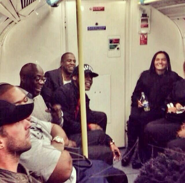 Jay-Z-Takes-The-Tube-to-London-O2-Arena.jpg