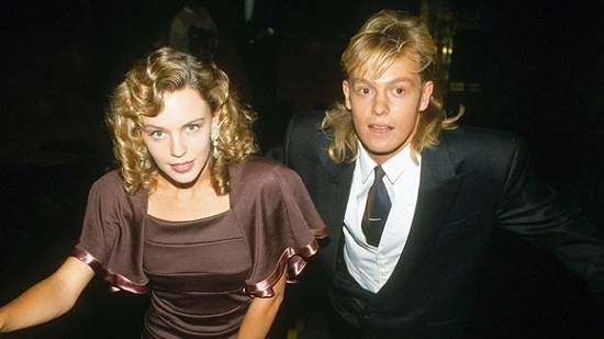 Kylie-Minogue-and-Jason-Donovan-1988-11.jpg