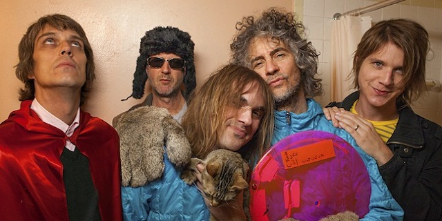 flaminglips.jpg