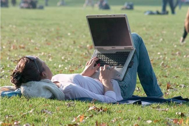 laptop tolto termeszet