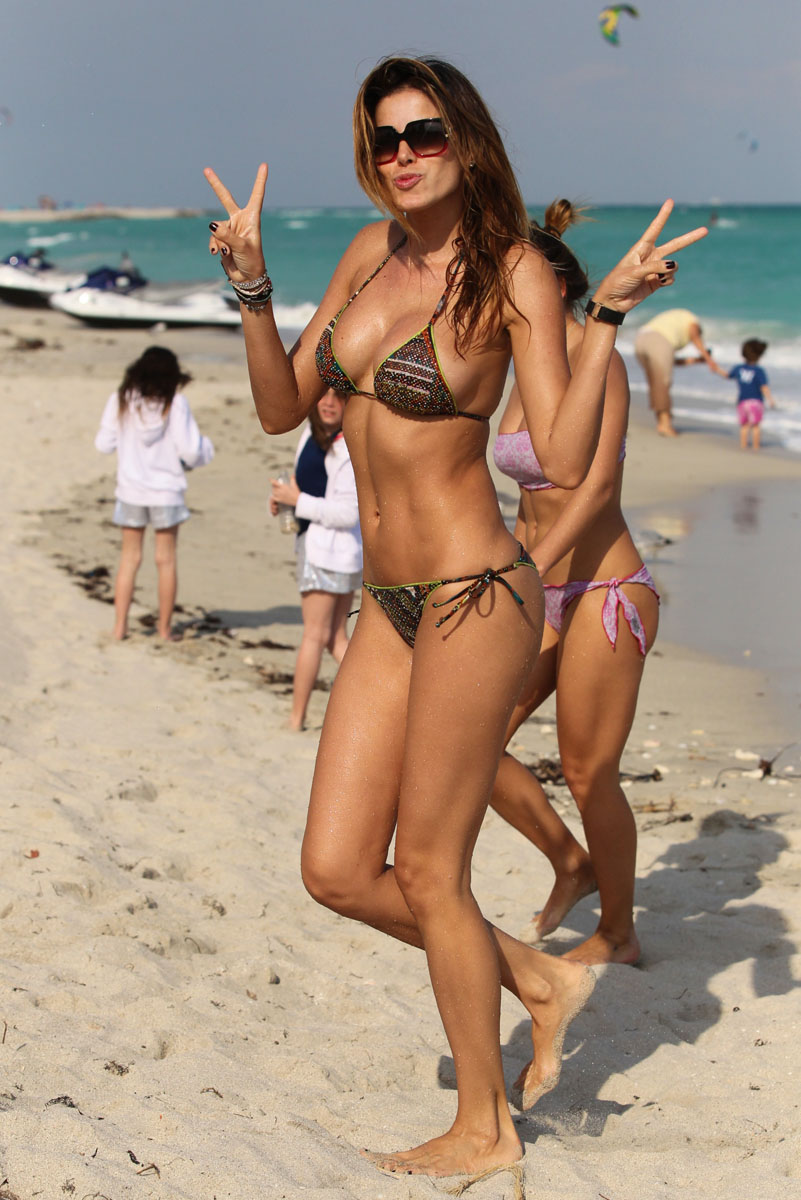 Yespica-bikini-miami-06.jpg