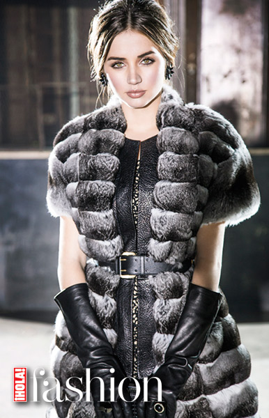 fashion-ana-armas-1-a.jpg