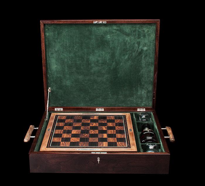 hollandholland_-the-dalmore-chess_5.jpg