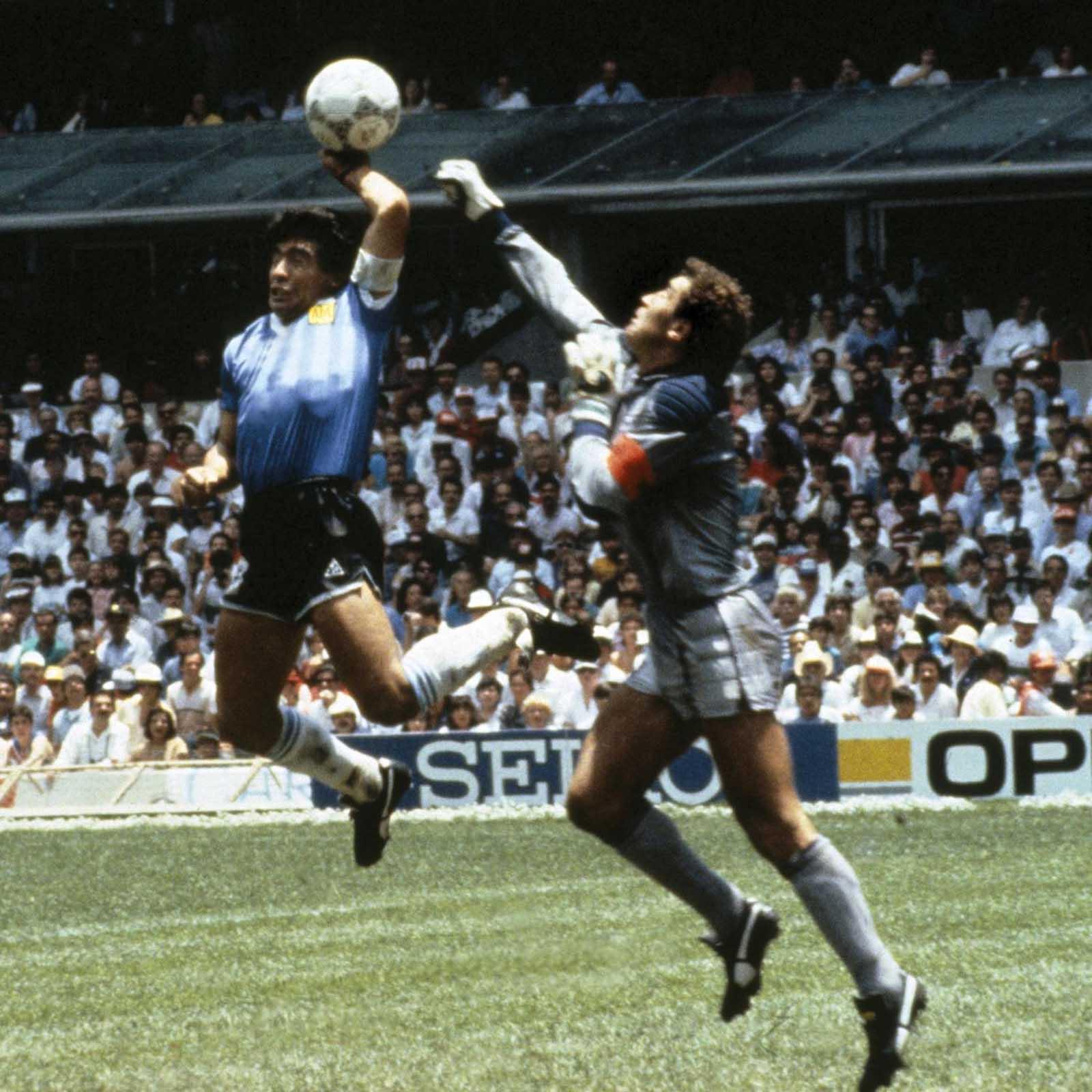 top_goals_of_maradona_lauren_blog_hand_of_god_2.jpg