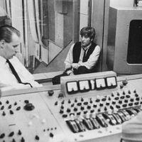 A Beatles albumait is ezeken keverték