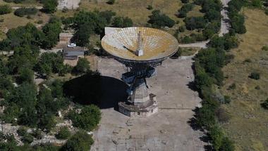 Egy legendás rádióteleszkóp a Krím félszigeten
