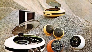 Elborult lemezjátszók a múlt századból