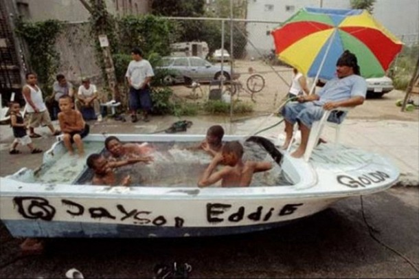 20-temporary-swimming-pools-for-you-to-consider-2-610x406.jpg