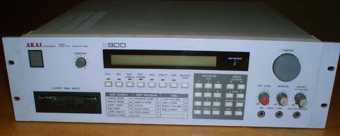 akai-s900-84553.jpg